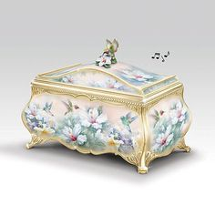 Lena Liu Hummingbird Art Heirloom Porcelain Musical Box with Gold Sentiment Antique Music Box, Antique Boxes, Porcelain Dolls Value, Hummingbird Art, Music Jewelry, Decoupage Box, Jewel Box, Casket, Dose