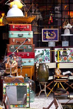 http://cafefernando.com/2007/06/21/cukurcuma-a-hidden-treasure-for-antique-enthusiasts/