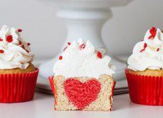 """DIY – Cupcakes """"Surprise"""" St Valentin par Aurélie du blog Lilie Bakery on Etsy"""