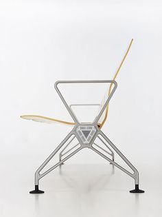 Norman Foster, Seating System Airline for Vitra, 1998 Vintage Furniture Design, Urban Furniture, Norman Foster, 3d Design, Modern Design, Muebles Art Deco, Art Nouveau, Take A Seat, Chair Design
