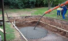 How to Dig Your Own Swimming Pool: 10 Steps (with Pictures) Small Inground Pool, Diy Swimming Pool, Swimming Pool Construction, Swimming Pool Landscaping, Small Backyard Pools, Diy Pool, Small Pools, Swimming Pool Designs, Pool Spa