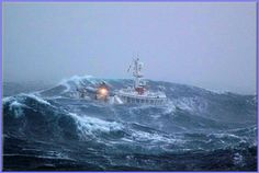 rough seas in the southern ocean for the crew of this kiwi fishing boat No Wave, Sea State, Cherbourg, Big Sea, Rough Seas, Fishing Vessel, Stormy Sea, Brest, North Sea