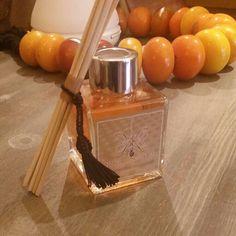 Faites sensation avec un cadeau de Noël original et insolite ! Parfum d'ambiance, Bougie parfumée, Bruleur huile essentielle et Huile essentiel. Passez votre commande depuis notre page facebook   https://www.facebook.com/orientsantalmarrakech/   et profitez d'une remise de 30%.