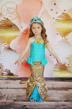 Mermaid birthday  children's photography by Sugar Plum Photos