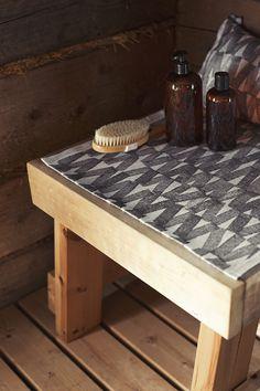 PÄRE laudeliina / seat cover & sauna pillow. Linen-organic cotton, woven by Lapuan Kankurit in Finland.