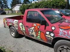 """You think you're a fan? check out this """"Futurama Truck"""" (photo by The-Brade)"""