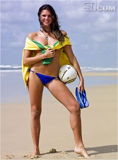 Daniella Sarahyba - Sports Illustrated Swimsuit 2007