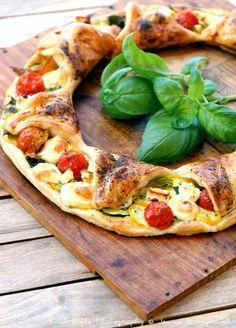 Tarte soleil de Provence - Kenza J - Pint Vegetarian Recipes, Cooking Recipes, Healthy Recipes, Tapas, Fingers Food, Quiches, Brunch Recipes, Food Inspiration, Love Food