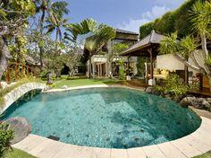 Gorgeous Private Villa in Bali. #seminyak #bali #travel #swimmingpool #interior www.affittabali.com