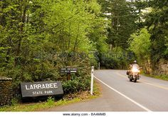entrance-sign-larrabee-state-park-washington-ba4mmb.jpg (640×447)