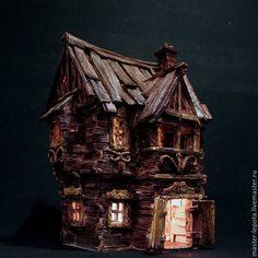 """Купить """"Шебби Хоул"""". Керамический дом - подсвечник. - коричневый, старый дом, старый город, ветхий"""