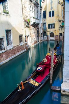 Gondola, Venice- Italy Gondola Venice, Venice Italy, Oh The Places You'll Go, Places Ive Been, Places To Visit, Italy Travel, Beautiful Places, Travel Photography, To Go