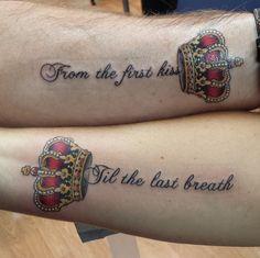 Best couples tattoo ever ;-) diy tattoo, king tattoos, king queen tattoo, c Pair Tattoos, King Tattoos, Dope Tattoos, Unique Tattoos, Body Art Tattoos, New Tattoos, Tribal Tattoos, King Queen Tattoo, Diy Tattoo