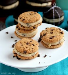Cookie Dough Filled Cookie Sandwiches!