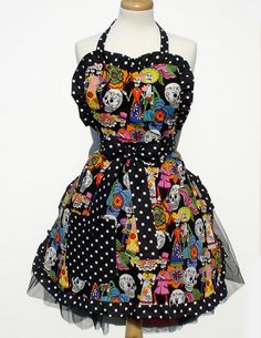 Day of the Dead Apron - totally love! #apron #Day_of_the_Dead #costume.. lo vogliooo!!