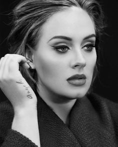 Happy Birthday to the one & only @adele! Thank you for inspiring us with your music & congratulations on all the success in the past year!  http://tipsrazzi.com/ipost/1508296759897486564/?code=BTui-ltj_Tk