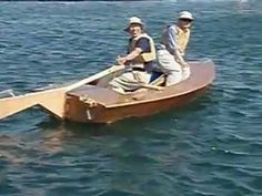 (133) Power Fin, easyest sculling system for your boat. - YouTube Boat Projects, Diy Projects, Sup Paddle, Tall Ships, Boat Building, Construction, Rowing, Water Crafts, Sailboat