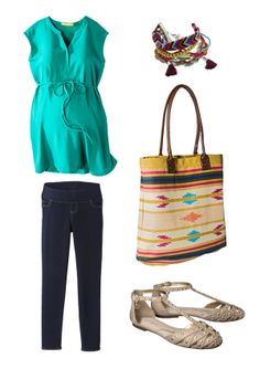 Comfy and cute, this maternity outfit is perfect for hanging with the girls.