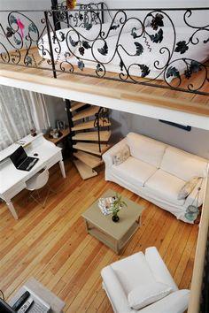 cute studio apartment - could use similar design in tiny house? cute studio apartment – could use similar design in tiny house? Tiny Spaces, Loft Spaces, Small Apartments, Rental Apartments, Studio Apartments, Open Spaces, Cute Apartment, Apartment Goals, Apartment Design