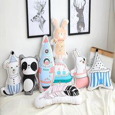 Doll Toys, Dolls, Pillow Tutorial, Baby Pillows, Decorative Cushions, Baby Sewing, Handmade Toys, Felt, Nursery