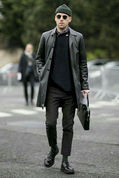 74 Stylish Men Urban Fashion Ideas Suitable for This Fall - Aksahin Jewelry Men Fashion Show, Mens Fashion Week, Mens Fashion Suits, Street Looks, Street Style, Der Gentleman, Style Masculin, Look Man, Herren Outfit