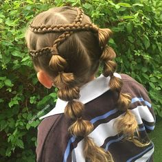 Braids and bubbles today. Grace said, 'this is my favourite hairstyle ever mum'. I think because she can see the bubbles around the front. #braidingmommies #cghphotofeature #industriebeauty #melbournehairstylist #melbournehairdresser #braid #braids #hairinspiration #cutegirlshairstyles #instabraid #instahair #modernsalon #hairdressermagic #pretty #dutchbraids #bubblebraids