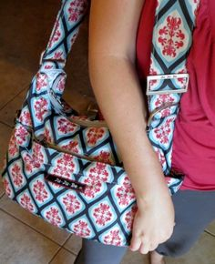 Ju-Ju-Be HoboBe Diaper Bag Review I have this bag for everyday use (I'm a light packer) and I love it. I mean LOVE it!
