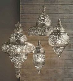 Moroccan Decor- love the lamps