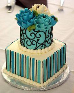 Buttercream Flower Cakes Pretty Cakes, Cute Cakes, Beautiful Cakes, Amazing Cakes, Buttercream Flower Cake, Cake Icing, Mini Cakes, Cupcake Cakes, White Flower Cake Shoppe