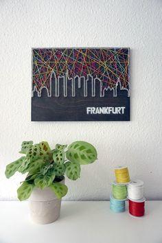 Dieses Schnrstck Nimmt Euch Mit Auf Eine Tour Durch Frankfurt Und Bringt Die Sehenswrdigkeiten Der Bankenmetropole