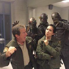 @BenitaRobledo: Sheriff, is there something behind me? #bts of #teenwolf 510 #DreadDoctors #deputyclark @linden_ashby