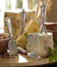 A simple cheese tray to start.