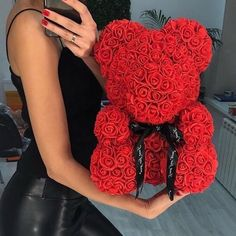 2019 Hot Sale Soap Foam Bear of Roses Teddy Bear Rose Flower Artificial New Year Gifts for Women Valentines Gift Roses Valentines Day, Bear Valentines, Valentine Day Gifts, Rose Bouquet Valentines, Valentines Day Goals, Cute Gifts, Best Gifts, Austin Rosen, Teddy Bear Gifts