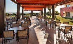 En el chiringuito del hotel Confortel Calas de Conil podrás disfrutar de nuestro todo incluido. www.ilunioncalasdeconil.com #hotel #todoincluido #Conil