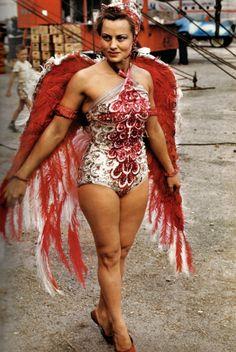 Retronaut - Colour photographs of circus performers