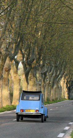 Location voitures entre particuliers sur http://www.placedelaloc.com/location/voiture