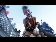 GoPro valt op zanderige dansvloer van Burning Man en dan gebeurt er dit.