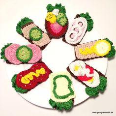 Hæklede rugbrødsmadder til børn og barnlige sjæle!