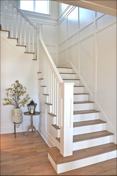 37 Ideas Top Of Stairs Landing Decor Banisters Stair Walls, Staircase Railings, Banisters, Staircase Design, Staircase Banister Ideas, Staircase Molding, Diy Stair Railing, Stair Lift, Painted Staircases