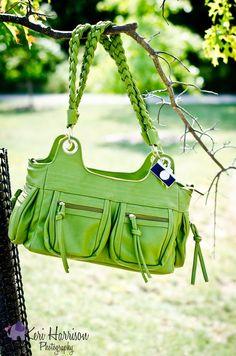 Olive Stella // photo by Keri Harrison Photography #camerabag #Epiphanie