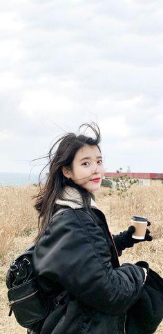 Listen to every Back Number track @ Iomoio Mature Fashion, Iu Fashion, Korean Actresses, Actors & Actresses, Iu Moon Lovers, Korean Celebrities, Celebs, Cute Lockscreens, She Girl