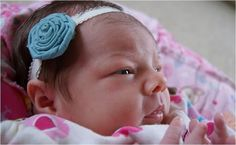 Prudent Baby DIY Gift Guide: Gifts for Newborns ⋆ Pretty Prudent Rolled Fabric Flowers, Fabric Flower Headbands, Diy Flowers, Baby Headbands, Rosette Headband, Crochet Headbands, Fabric Roses, Flower Diy, Baby Bows