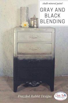 #dixiebellepaint #paintedfurniture #grayfurniture #homedecor #chalklife #mineralpaint #bestpaintonplanetearth