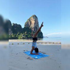 """SwáSthya Yôga Maia no Instagram: """"Qualquer sítio é bom para treinar!! 💪#thailand #yoga #swasthyayôga #maia"""" Surfboard, Thailand, Instagram, Tips, Surfboards, Surfboard Table"""