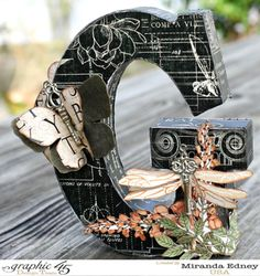 A beautiful Altered Letter 'G' from the amazing Miranda Edney [view 1 of using Graphic 45 'Artisan Style' - Wow! Alphabet Letter Crafts, Letter Art, Monogram Letters, Foam Letters, Graphic 45, Altered Boxes, Altered Art, Diy Craft Projects, Craft Ideas