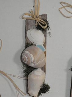 XMAS ORNAMENT - Driftwood Wall Hanging With Seashells and by AngelsNEverlastings, #CASTTEAM #BEACH