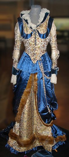 Antique Dress by tubblesnap, via Flickr    Possibly 1870's  - seems to be Elizabethan-inspired fancy dress??    Cliffe Castle Museum 2004