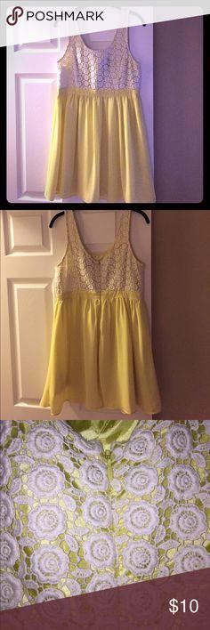 Sun dress Yellow sundress. Forever 21 Dresses Midi