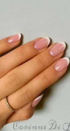 French Pedicure, French Manicure Nails, French Manicure Designs, Manicure Tips, Shellac Nails, Diy Nails, Classy Nails, Simple Nails, Classy Almond Nails