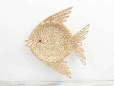 Woven Fish Shaped Straw Basket Sea Grass basket Wicker Basket Wall Hanging Trinket Basket Catch All Bowl Basket Costal Decor Beach Decor by LazyDayRelics on Etsy Baskets On Wall, Wicker Baskets, Bungalow Decor, Shell Collection, Vintage Baskets, Fish Shapes, Bohemian Decor, Grass, Vintage Items